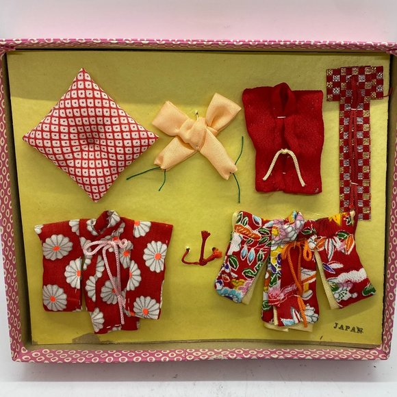 Doll clothing Kimonos Made in Japan